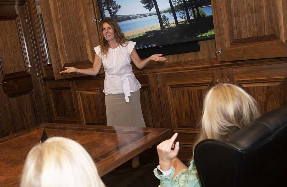 Lisa Howell Business Coach